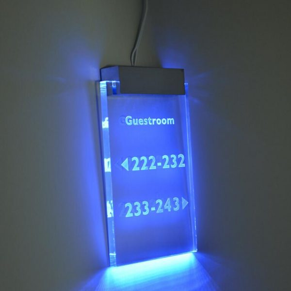 Wall Mounted LED Acrylic Sign Clamp LED Base TDL-LC - GEEKLEDS
